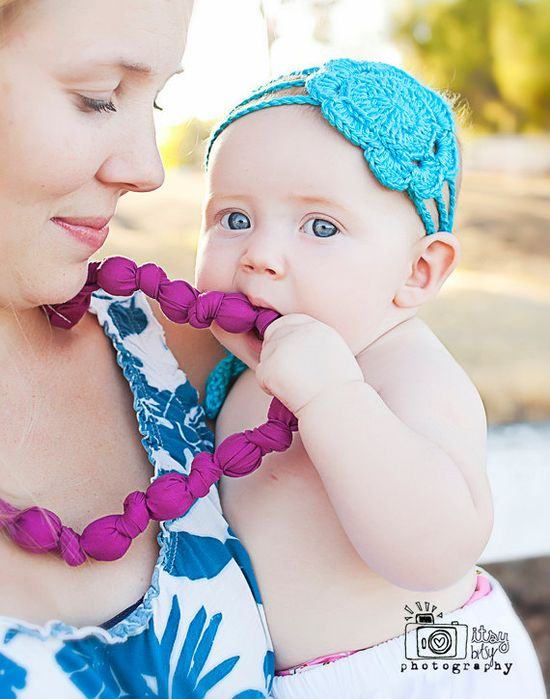 knotted statement necklace / beaded teething nursing necklace
