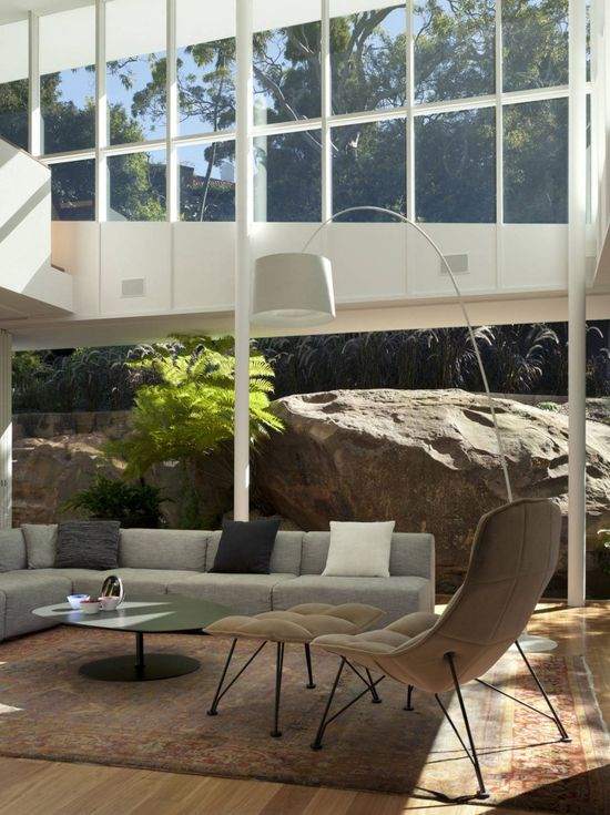 Skirt + Rock House / MCK Architects