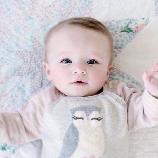 Such a cute baby :)