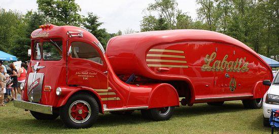 red/burgundy car 1947 Labatt's Streamliner