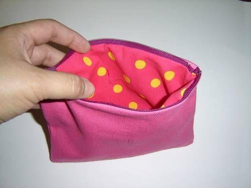 DIY zippered pouch