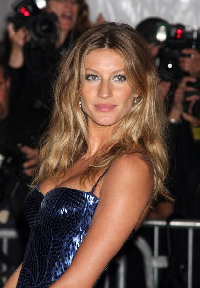 Gisele Bundchen #Hair