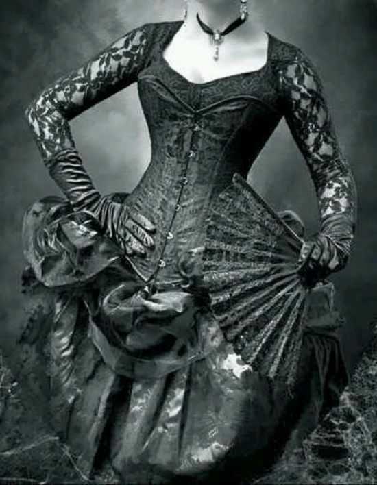 Beautiful Victorian gothic dress