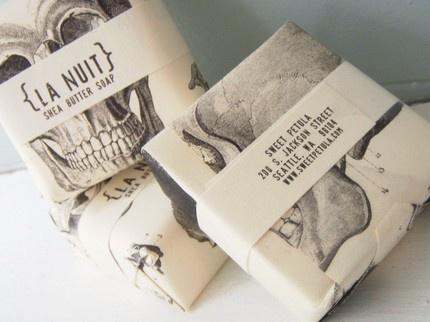 Cool soap packaging. Sweetpetula via Etsy.