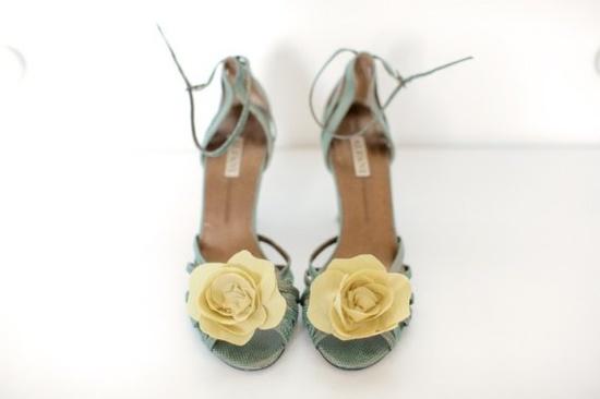 shoe clips. hello ballet flats!