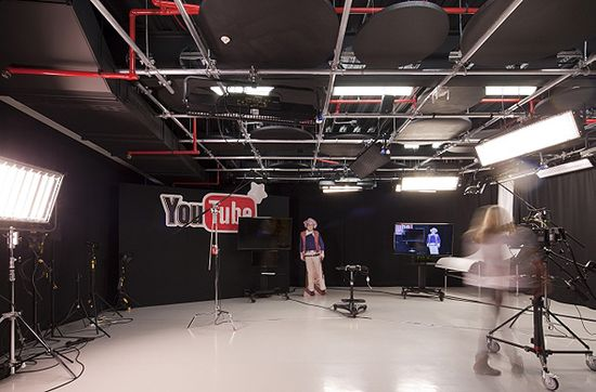 Striking YouTube Offices In London Designed With a Film-Set Look and Feel