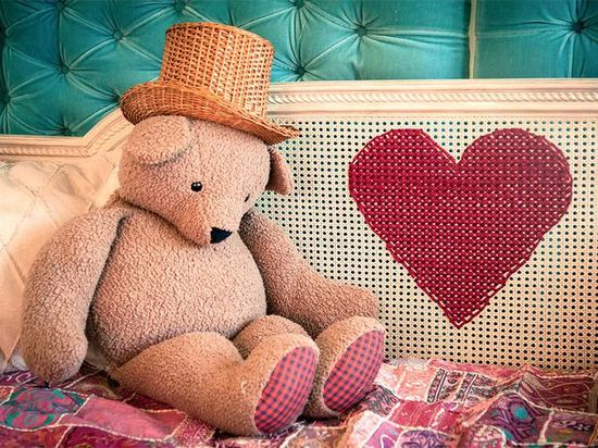 DIY Cross Stitch Heart Into Caning - Super Easy Kids Room With Budget Friendly Ideas
