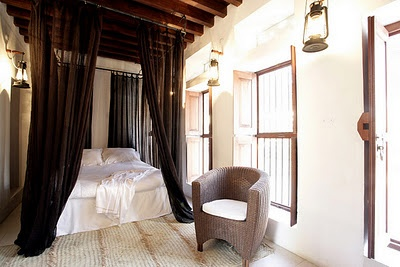 beautiful arabesque design, bedroom