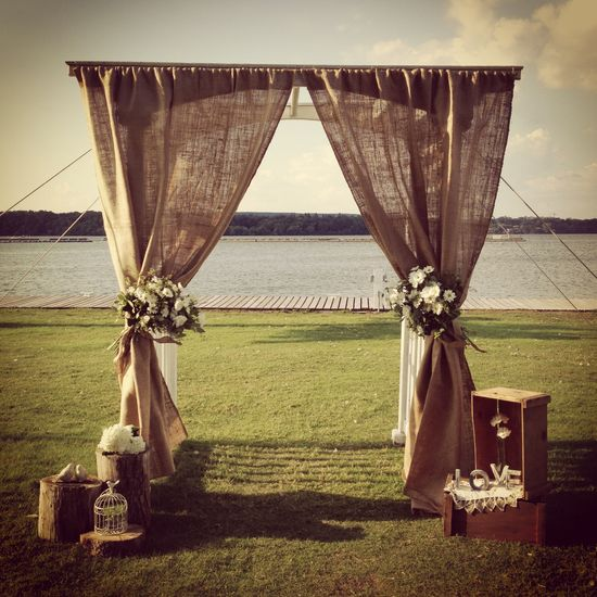 Burlap wedding altar styled by Mashed Events. #rustic #burlap #wedding www.mashedevents.com