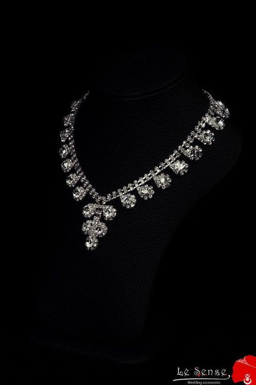 Luxury diamond necklace!