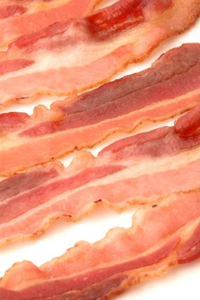Love bacon? Here is a list of some of the most common labels that appear on #bacon (and what they mean), helping you find the best bacon for your buck: www.recipe.com/...