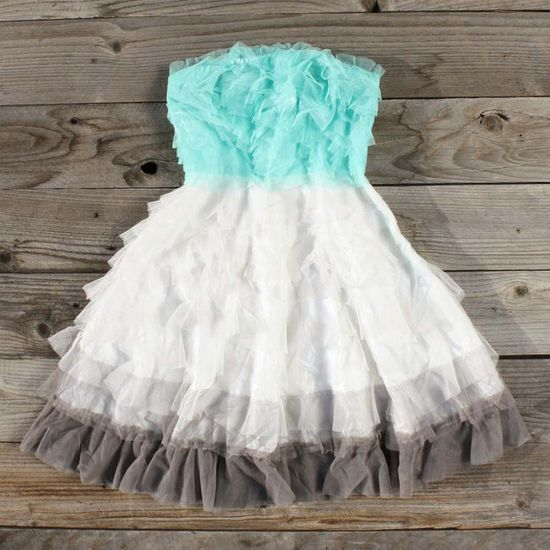 Tiers & Tulle Party Dress, Sweet Women's Country Clothing This site has super cute clothes that look really easy to make if only they showed them on a freaking model!!