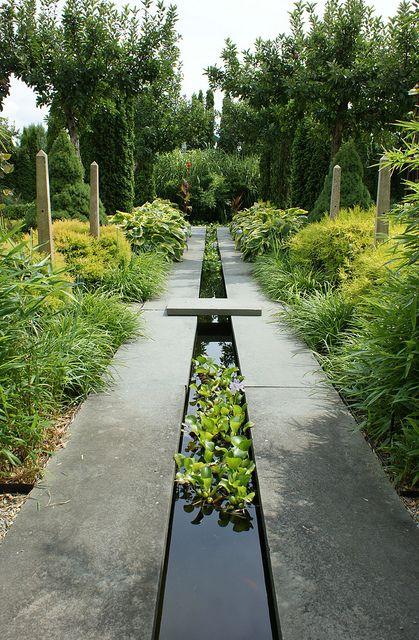 Water runnel formal garden feature