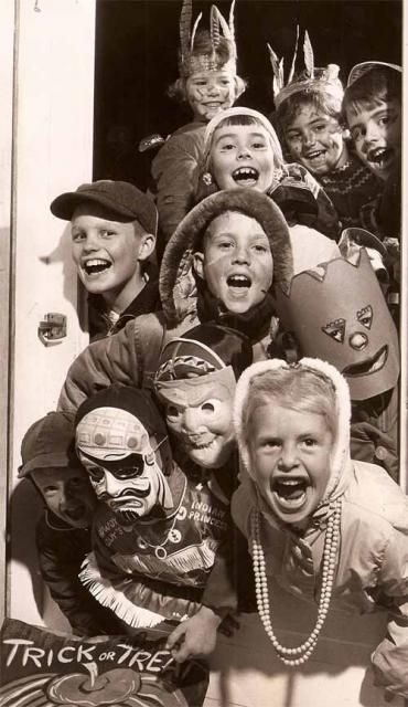 Trick or Treaters - 50's style