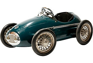 the lines of vintage sports cars are the greatest