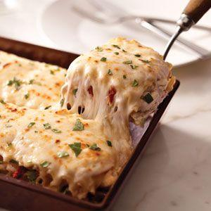 Creamy white chicken alfredo lasagna... Um, YUM!