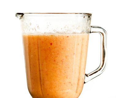 100-Calorie Pumpkin Pie Smoothie: 1/2 cup ice, 1/2 cup vanilla nonfat yogurt, 1 tsp. honey, 1/4 tsp. pumpkin pie spice and 1/4 cup pumpkin puree (add half a banana if you'd like).  mmmm bring on fall!