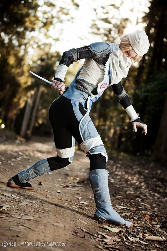 Sheik (Legend of Zelda) cosplay. Well made . Right on