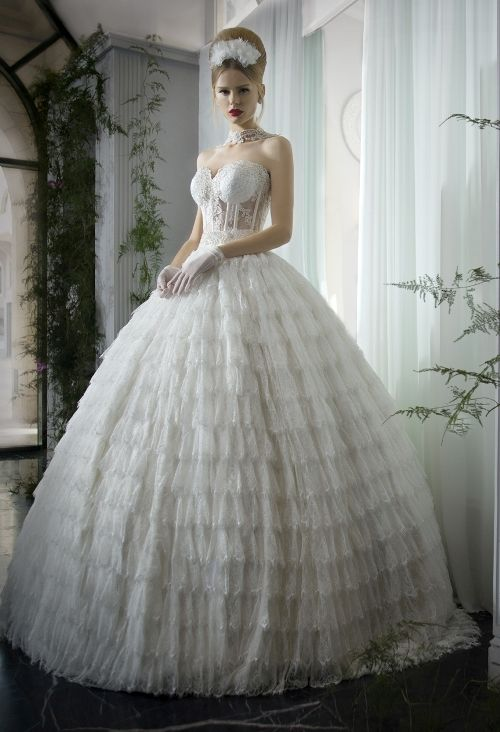 24 Gorgeous Wedding Dresses, Dream Of Every Bride