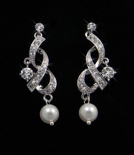 Chandelier Bridal Earrings Swarovski Crystal by CrystalAvenues, $38.00