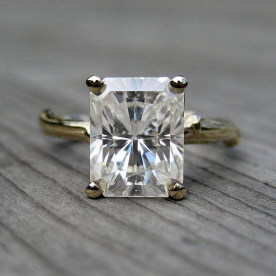 Simple vintage engagement ring
