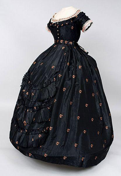evening dress 1850's