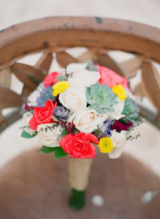 Mexican-inspired wedding bouquet // photo by AleaLovely.com // flowers by Artevelas.com