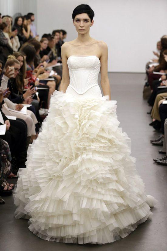 New York Bridal Week – Vera Wang Fall 2013 Bridal Collection