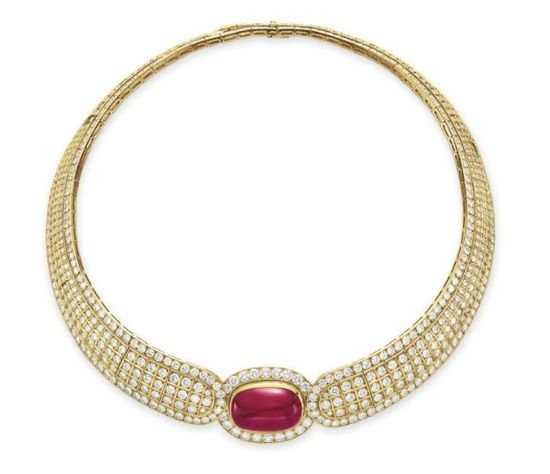 A RUBY AND DIAMOND CHOKER NECKLACE, BY VAN CLEEF & ARPELS