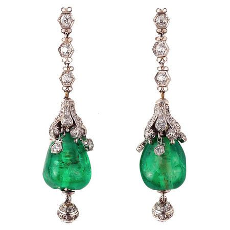 Cabochon Emerald and Diamond Art Deco Pendant Earrings, France, 1920.