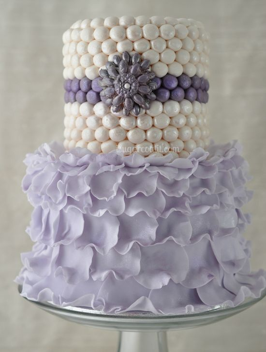 Now this couture lavender #cake would make a divine #wedding cake