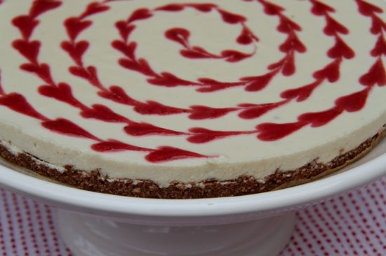 Cheesecake with fermented cashew cheese