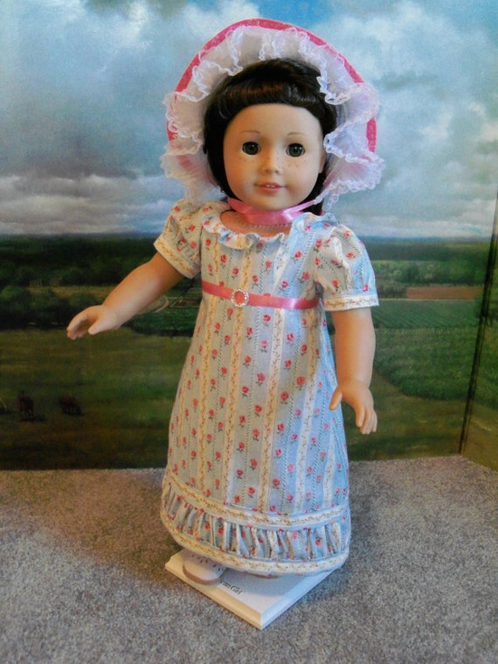 How cute is the hem on this little Regency dress?!?