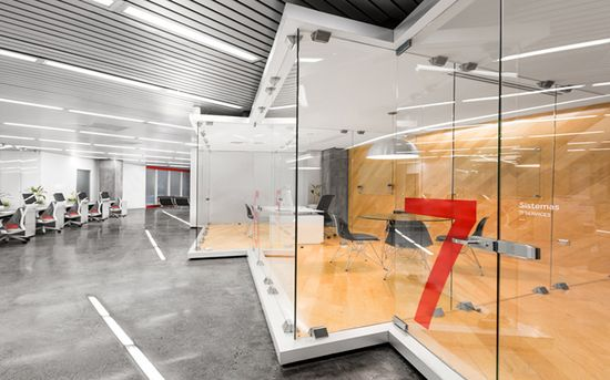 Grauforz office interior and branding by Anagrama