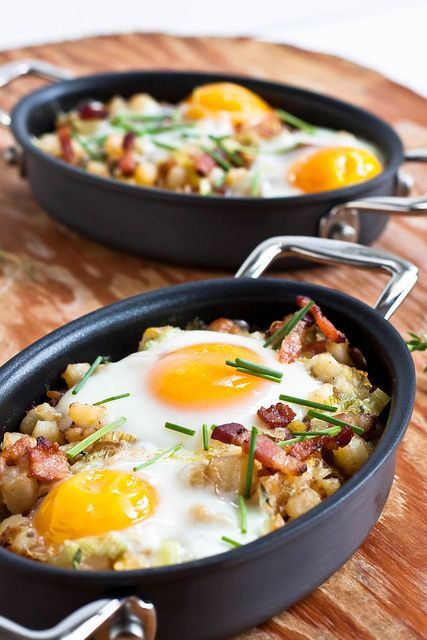 eggs and hash