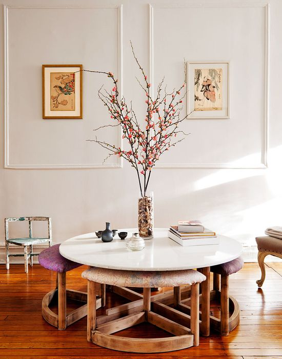coffee table/vintage ottomans
