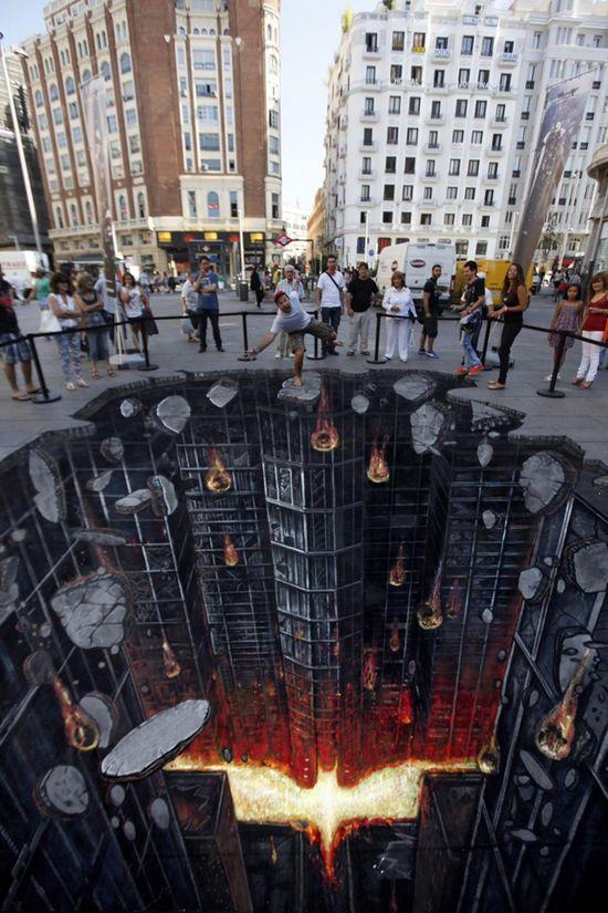 The Dark Knight Rises, A Stunning 3D Street Painting by 3D Joe & Max