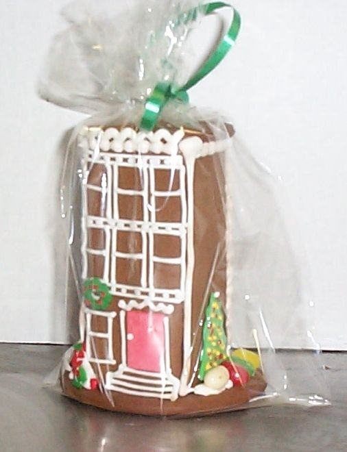 Gingerbread brownstone. Photo: Bakery Soutine.