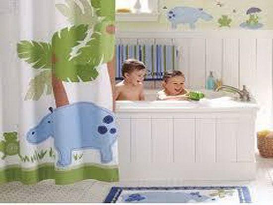 white bathtub children bathroom decorating ideas