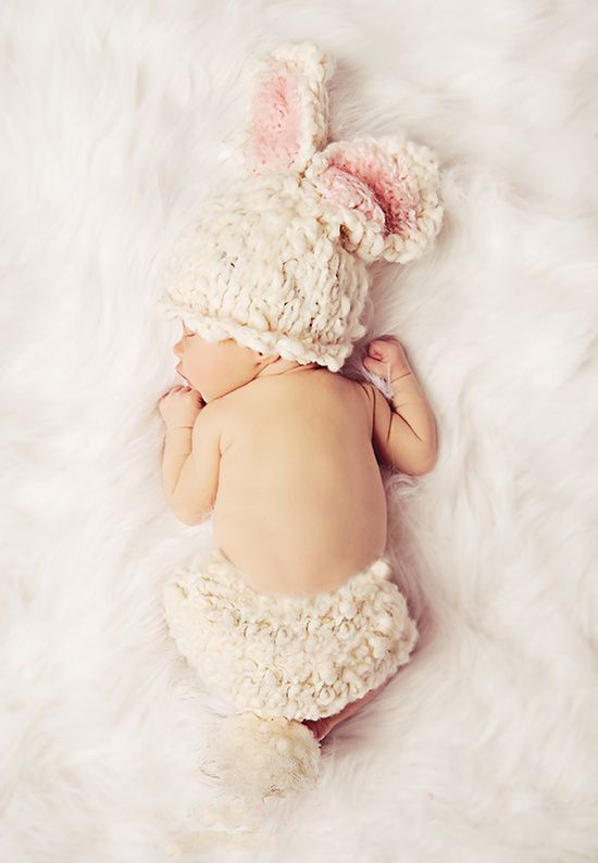 Adorable bunny baby outfit ... I have to have this for my baby lol it's to cuteeeee