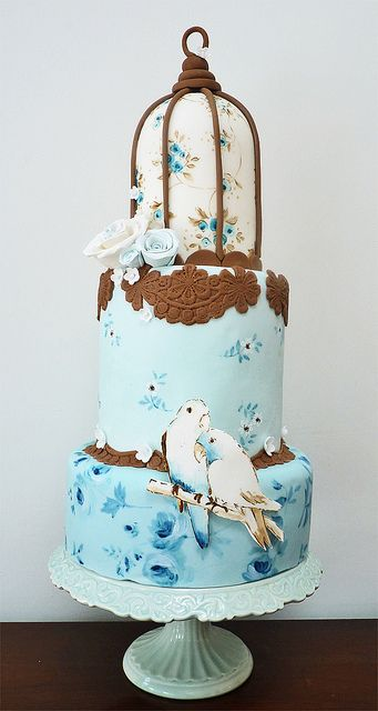 bird cage cake by Nevie-Pie Cakes, via Flickr