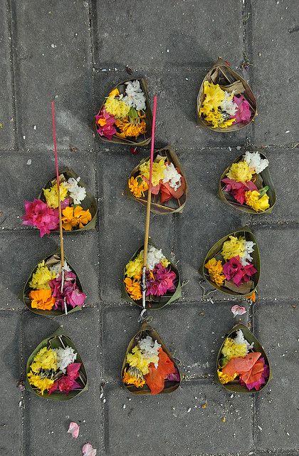 Bali, Flower Offering via Flickr.