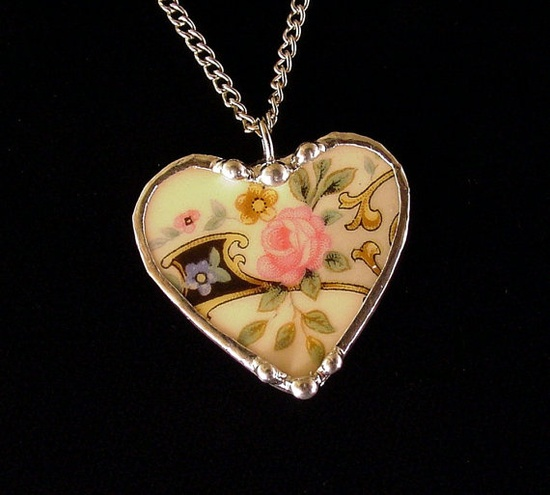 Broken china jewelry heart pendant necklace pink rose made from antique broken china plate