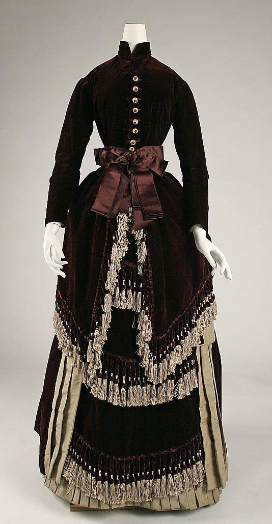 1880 Dress  Culture: American  Medium: silk