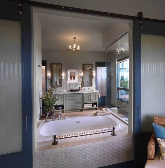 Beautiful bathtub!!