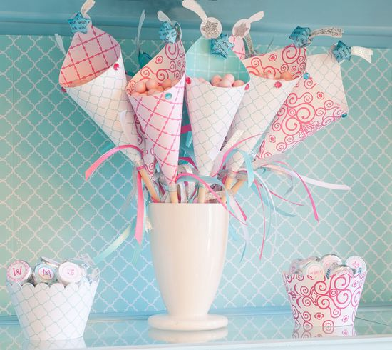 I have done party cones before but comes on a STICK?  Done. Just genius.