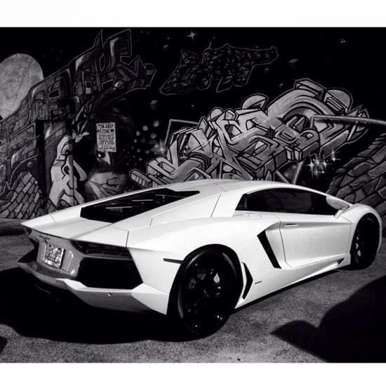 'StreetArt' - The iconic Aventador