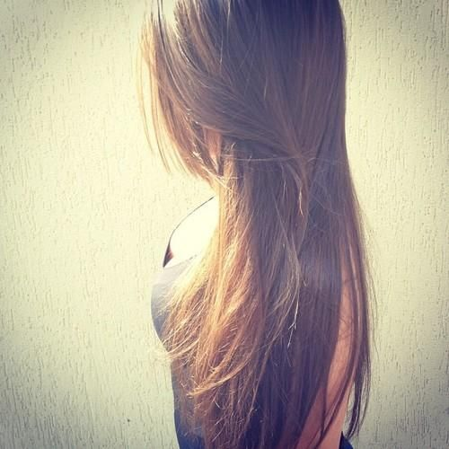 I want my hair to be this long!! :(