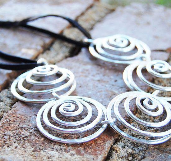 spiral link necklace