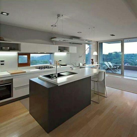 Modern kitchen idea